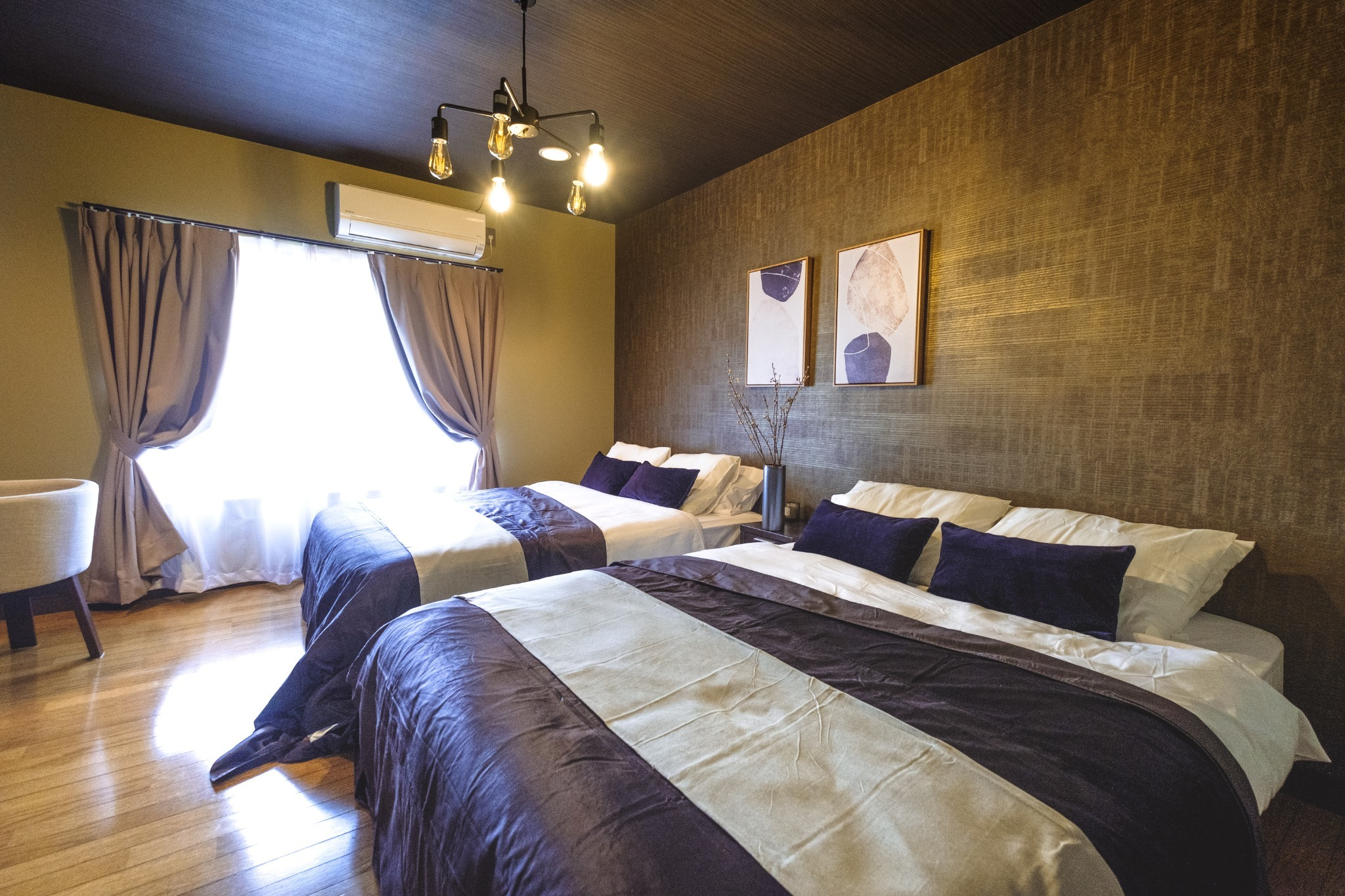 寝室1:2階(ダブルベッド×2)