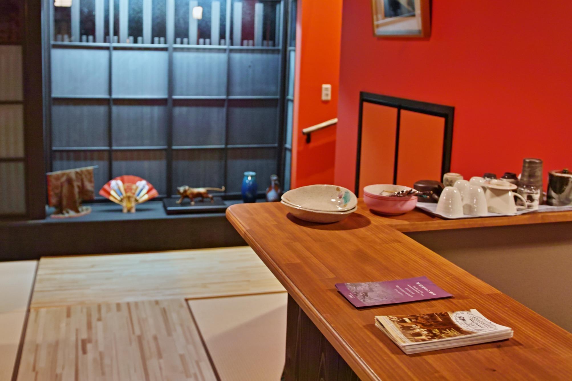 京都町屋 西京院 『紅』 新築の町家!設備も新品!京都市内で快適!