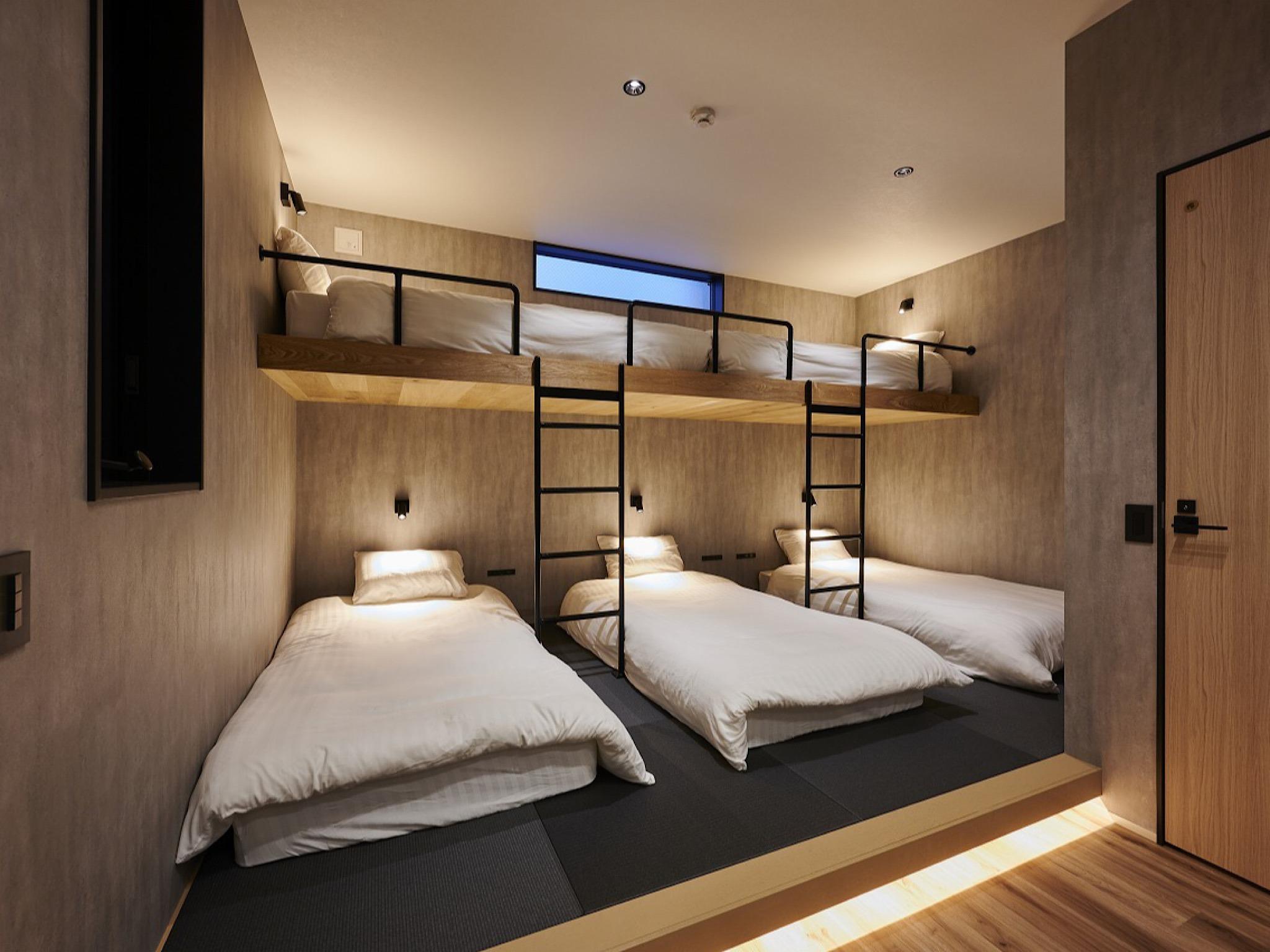 ベッドルームです! シングル×5になります!