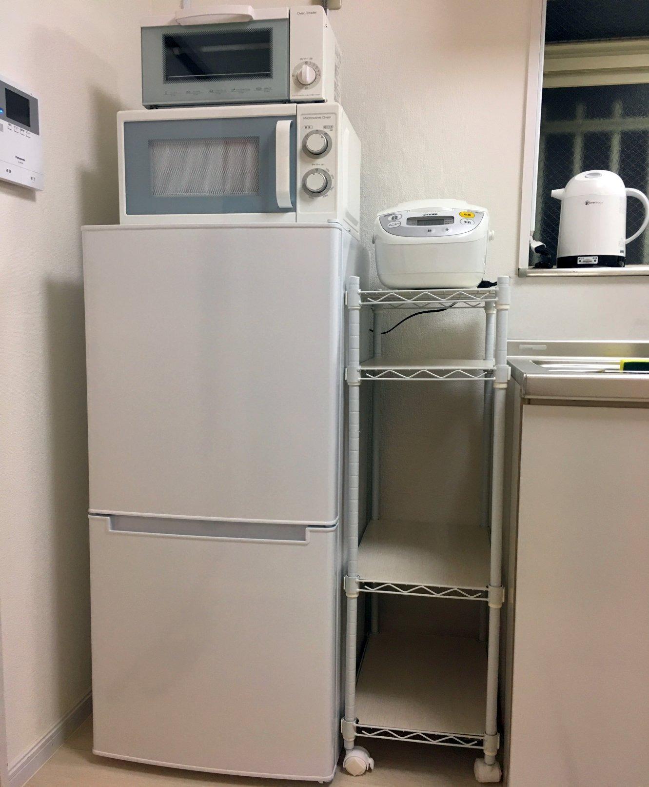 キッチン・冷蔵庫と炊飯器など