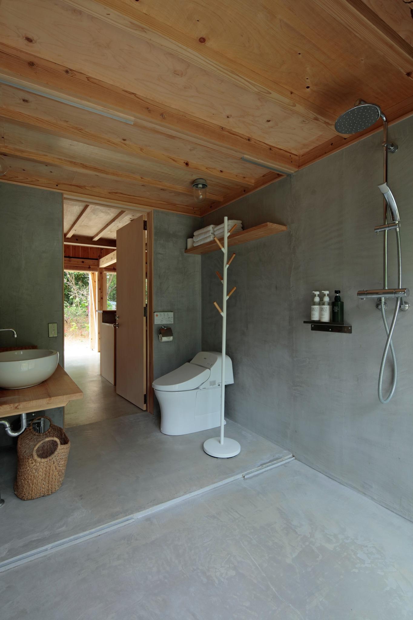 Lavatory,shower room