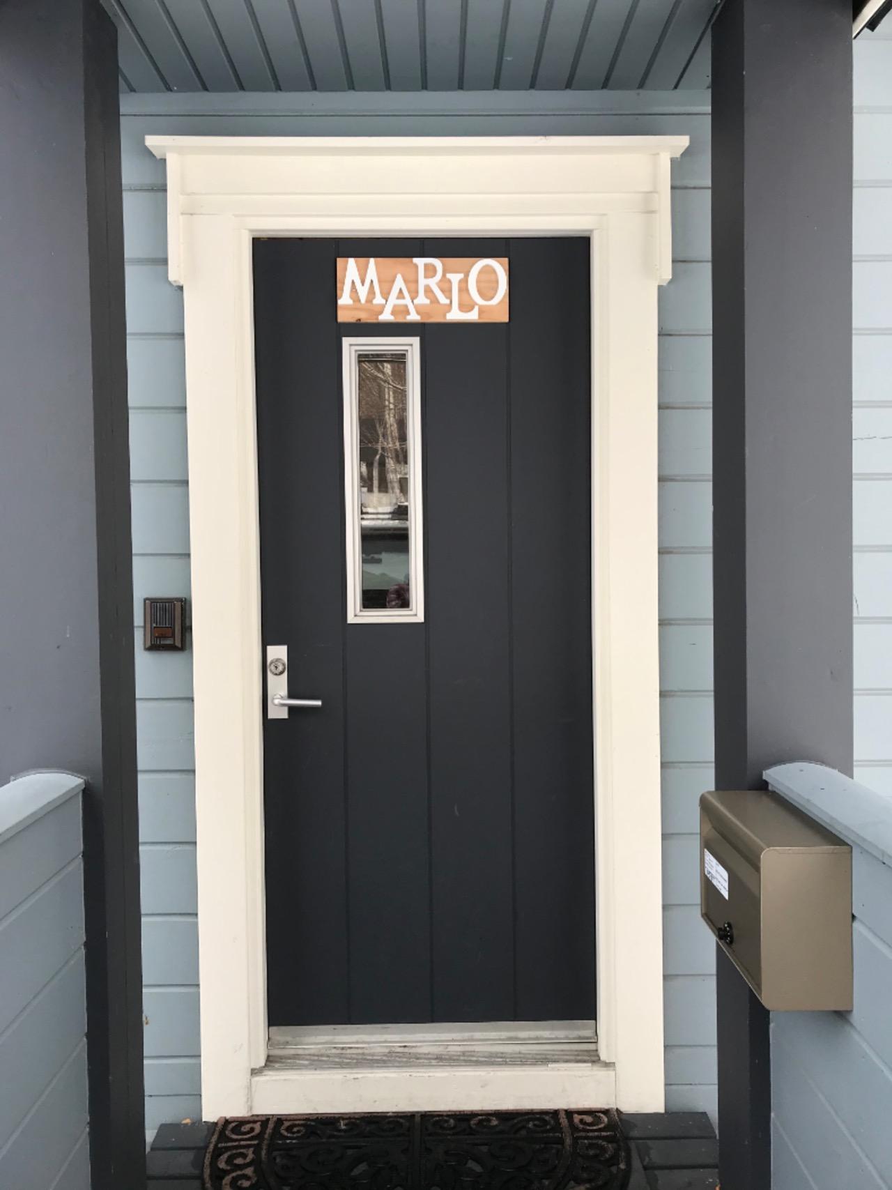 玄関ドア(MARLO)