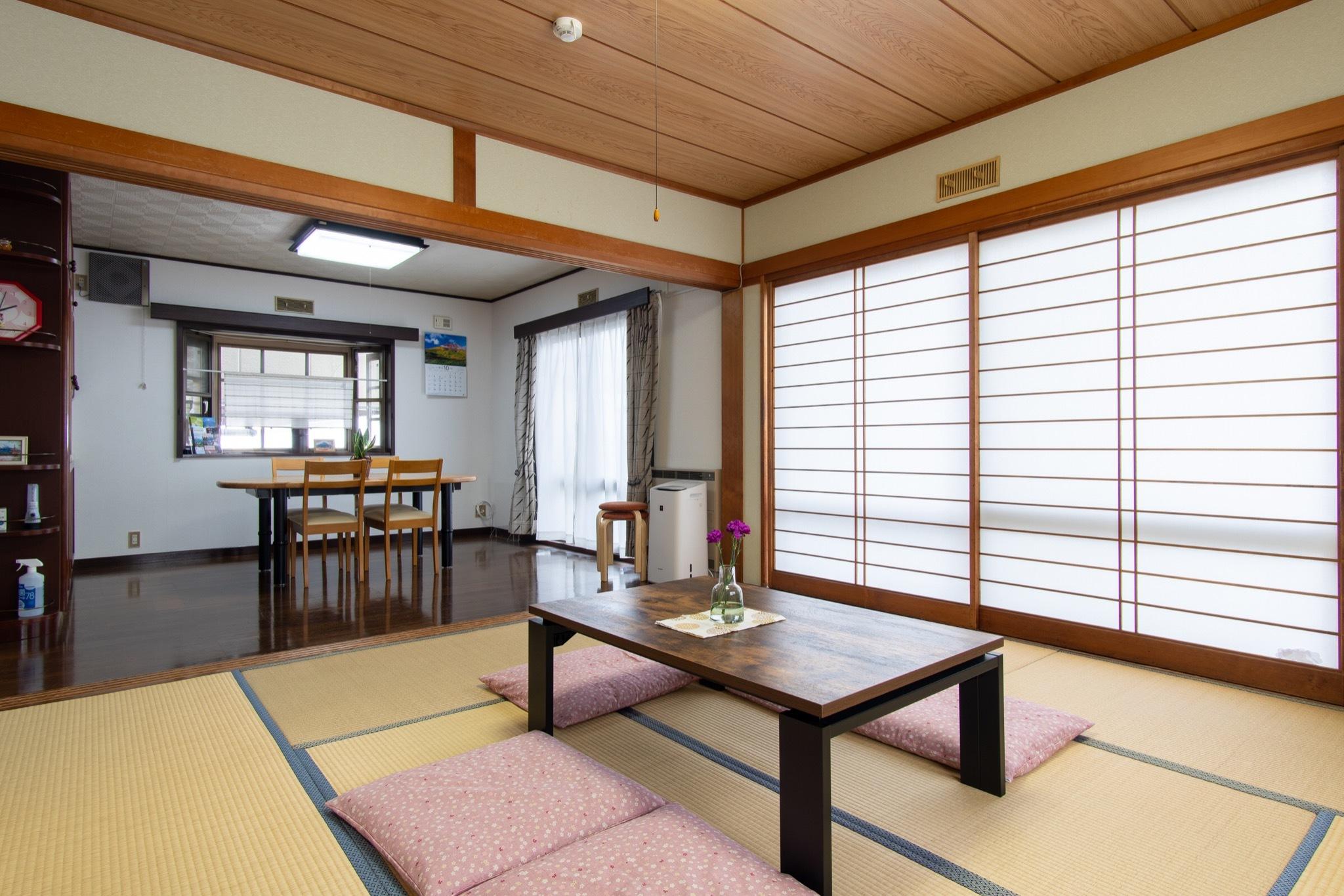 一戸建貸切の宿、富士吉田市中心地、レトロな街並みが楽しめる。【Vacation STAY提供】のnull