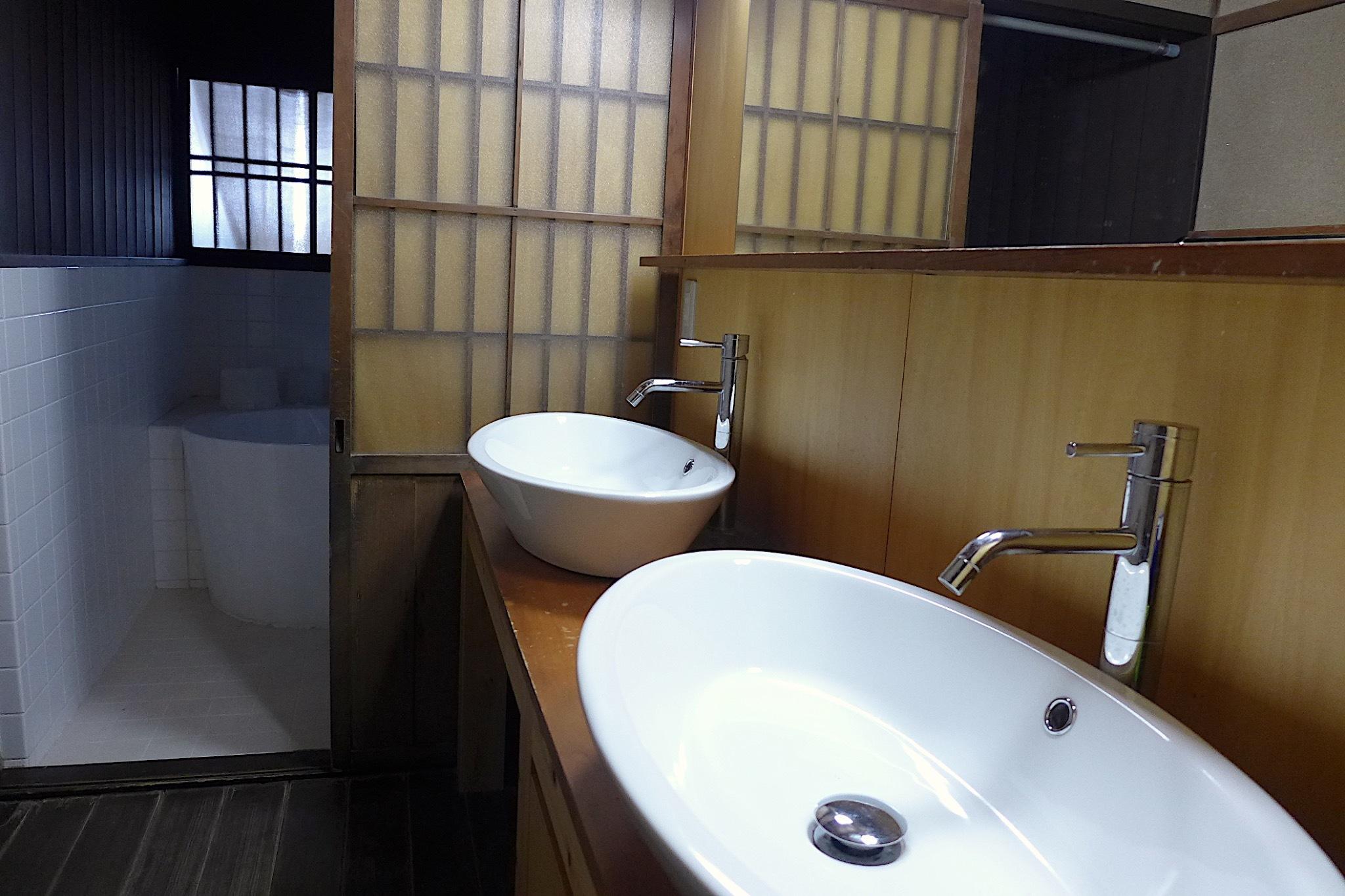 お風呂の洗面2台