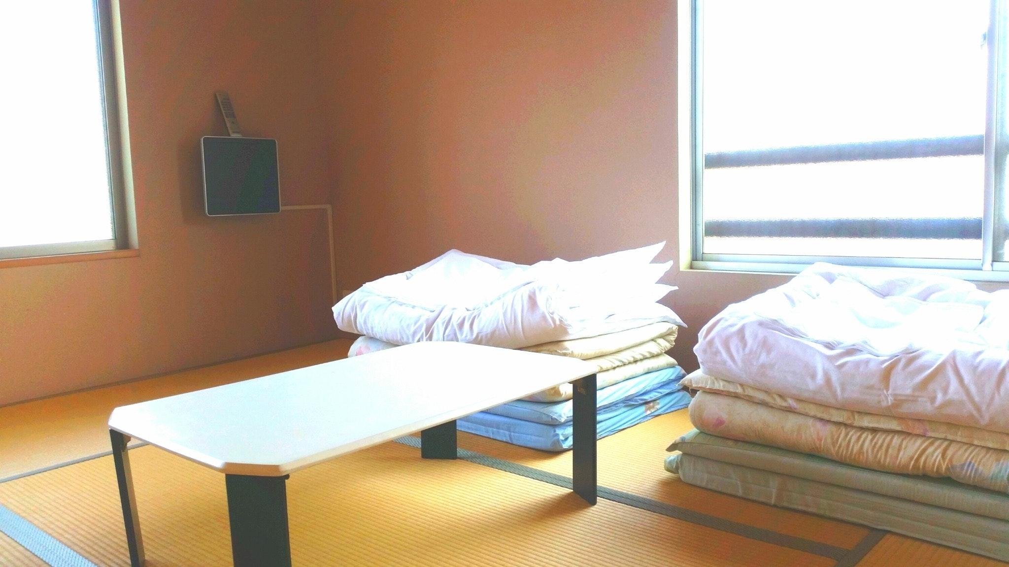 直島の古民家宿でまったりとした「島じかん」を過ごすお部屋(布団)