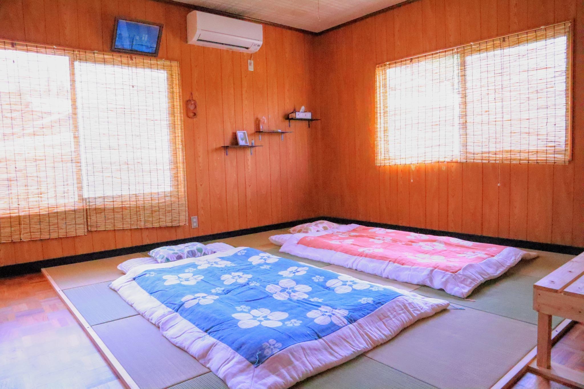 瀬戸内海から徒歩10分、自然に囲まれた一棟貸しの宿。BBQやドローン撮影など様々な体験プラン有り