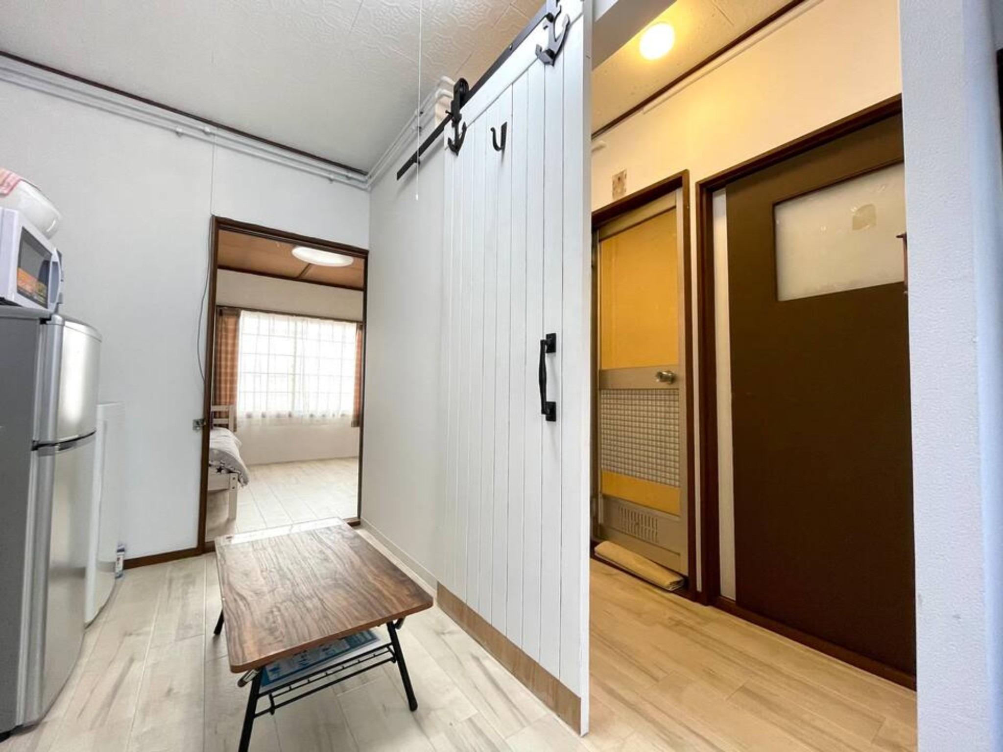 札幌都心まで約8分の格安施設♬白石区菊水エリア!リフォーム済みで美室です(102)
