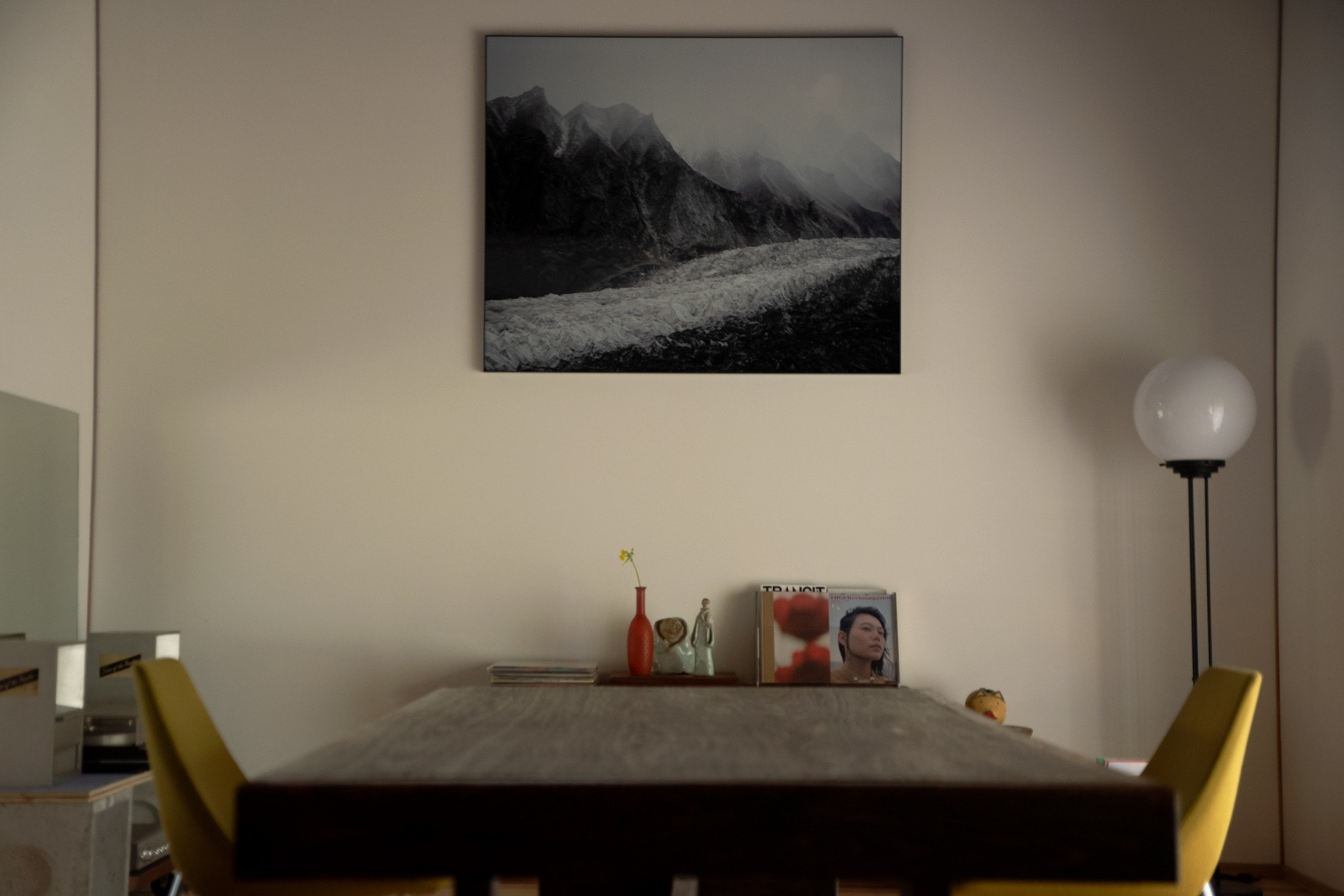 「Art&Stay」をテーマにした古民家一棟貸しの宿です。