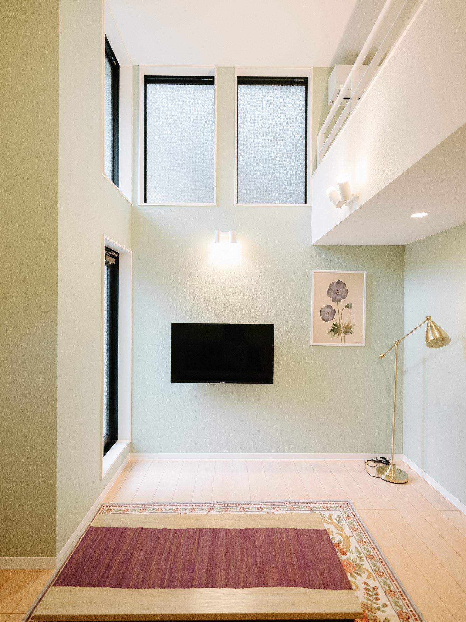 北欧スタイルの広いロフトがあるお部屋で快適に【REQRASサクラマチ102】