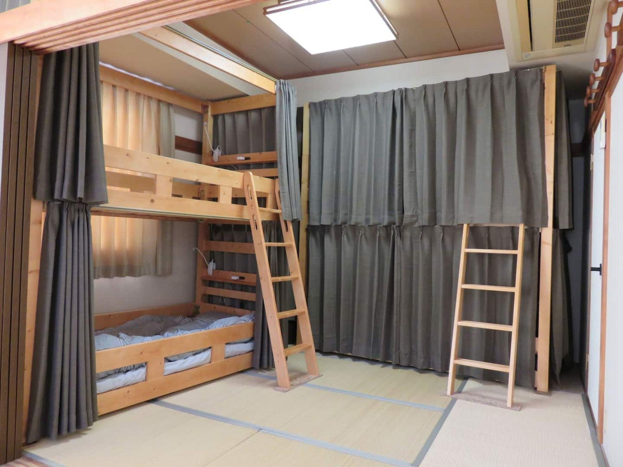 【シェアルーム】(2段ベッド1床)