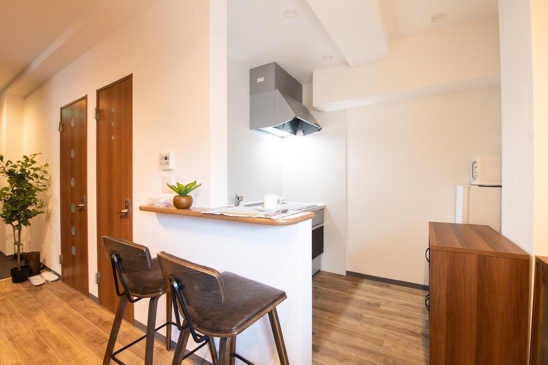 【消毒済・非対面チェックイン】1フロア12名まで宿泊可能、洗濯機・テレビ・Wi-Fi完備長期滞在可能