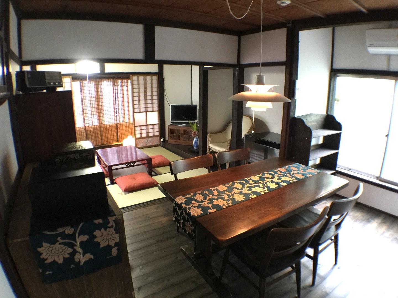 純和風古民家 和室3部屋、リビングダイニング、浴室、キッチン付