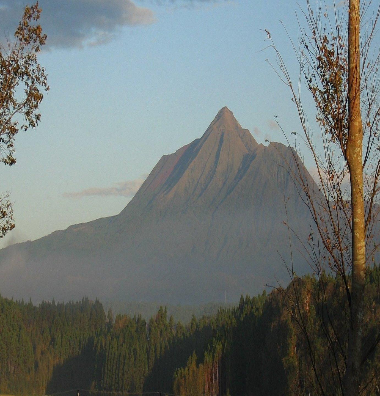 晴れの日は、霧島山が綺麗に観えます