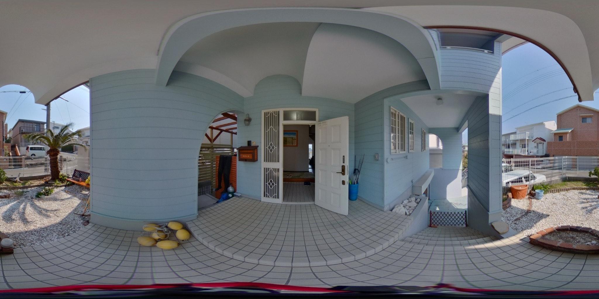 マリンブルーのスイートルームです。201
