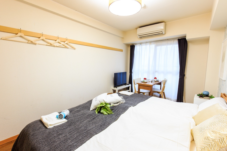 名古屋駅まで4分☆室内Wi-Fi完備/1Kサイズ(25m2)で3名まで可