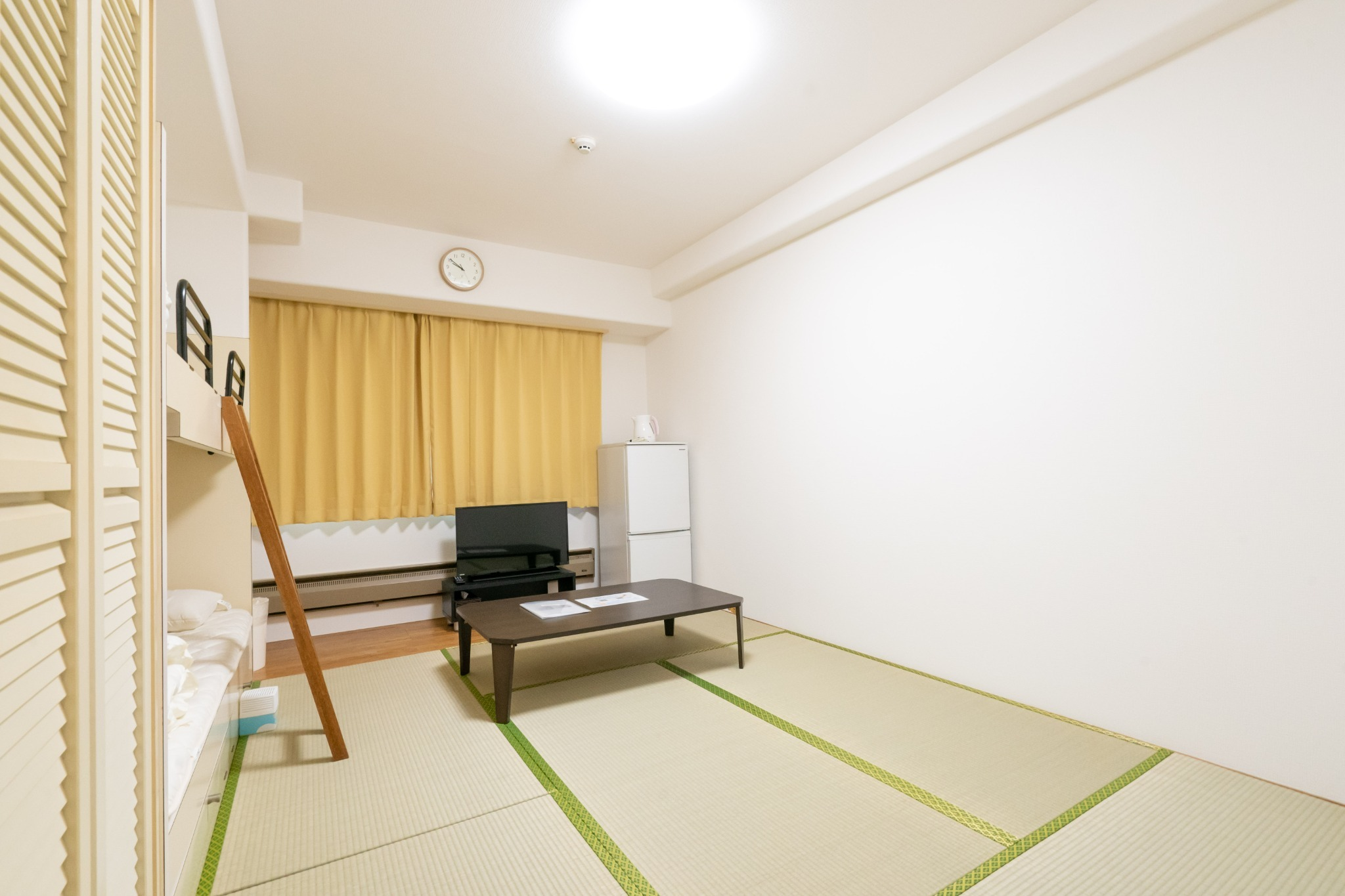 【値下げSALE中】温泉有・Wi-Fi完備・リゾートマンションでごゆっくり【415号室・4名】