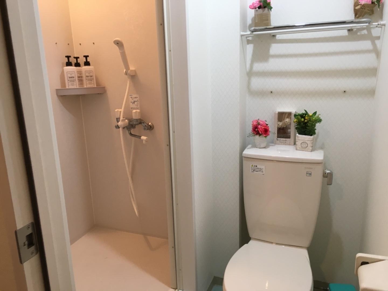 シャワー・トイレ付き