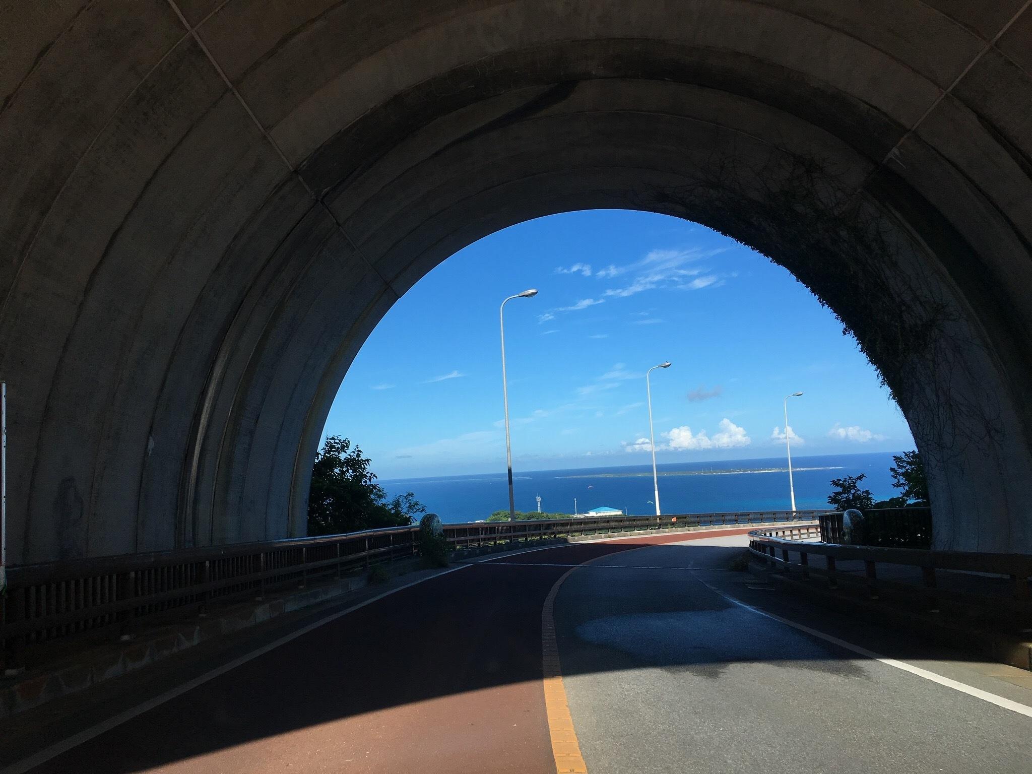 ニライカナイ橋 トンネル