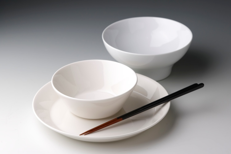 iittaraのお皿と公長斎小菅のお箸