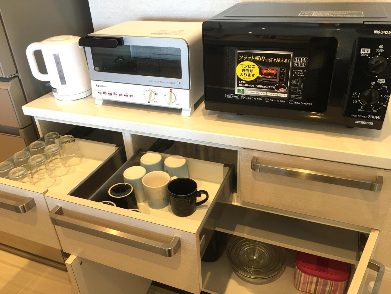 電子レンジ、オーブントースター、ケトル等電化製品一式!
