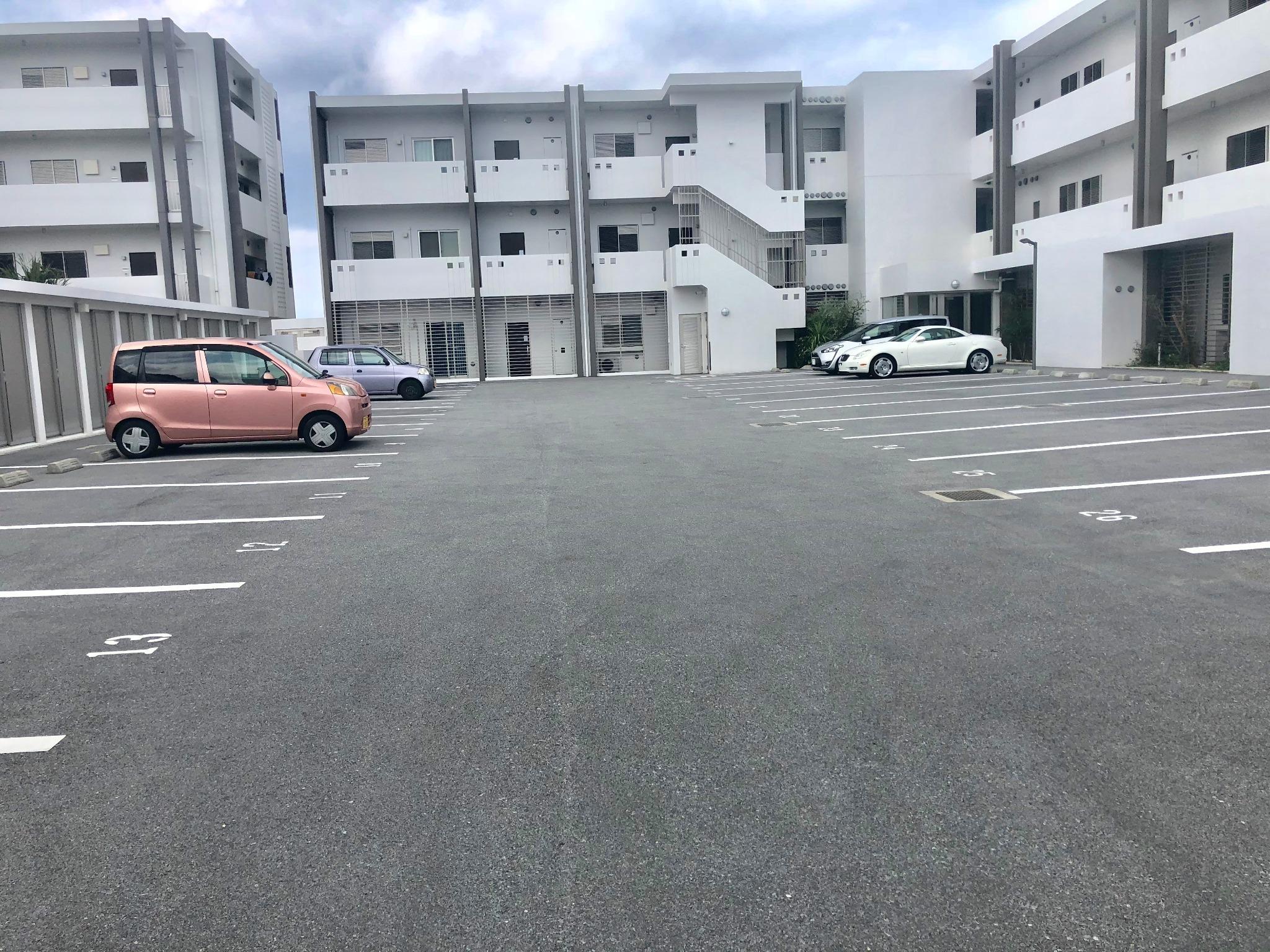 広々駐車場!2台駐車可能!