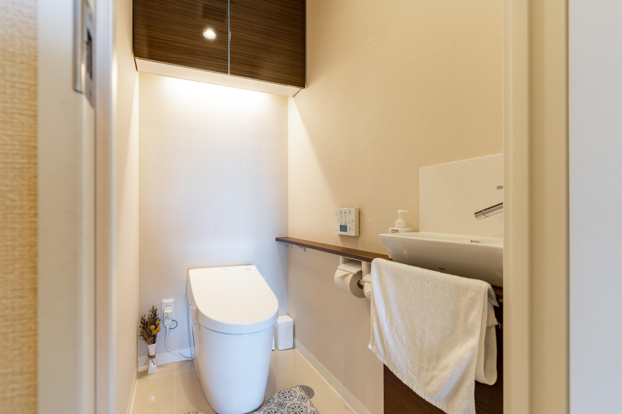 全自動洗浄機付きトイレ完備