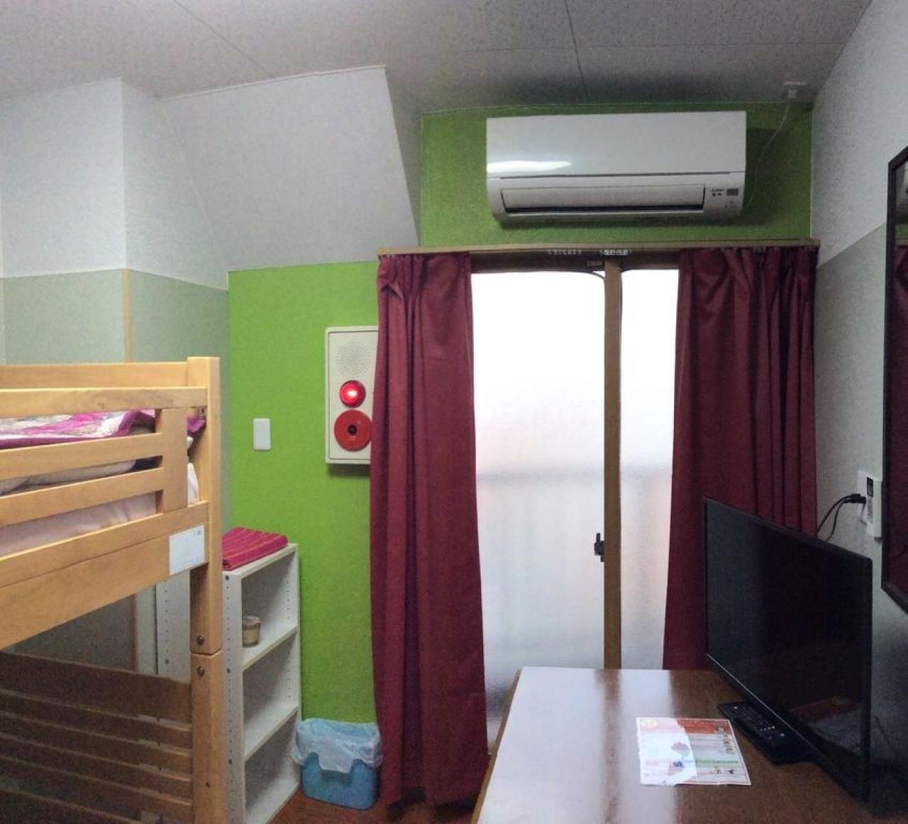 301(3階)ツインルーム 共用バスルーム