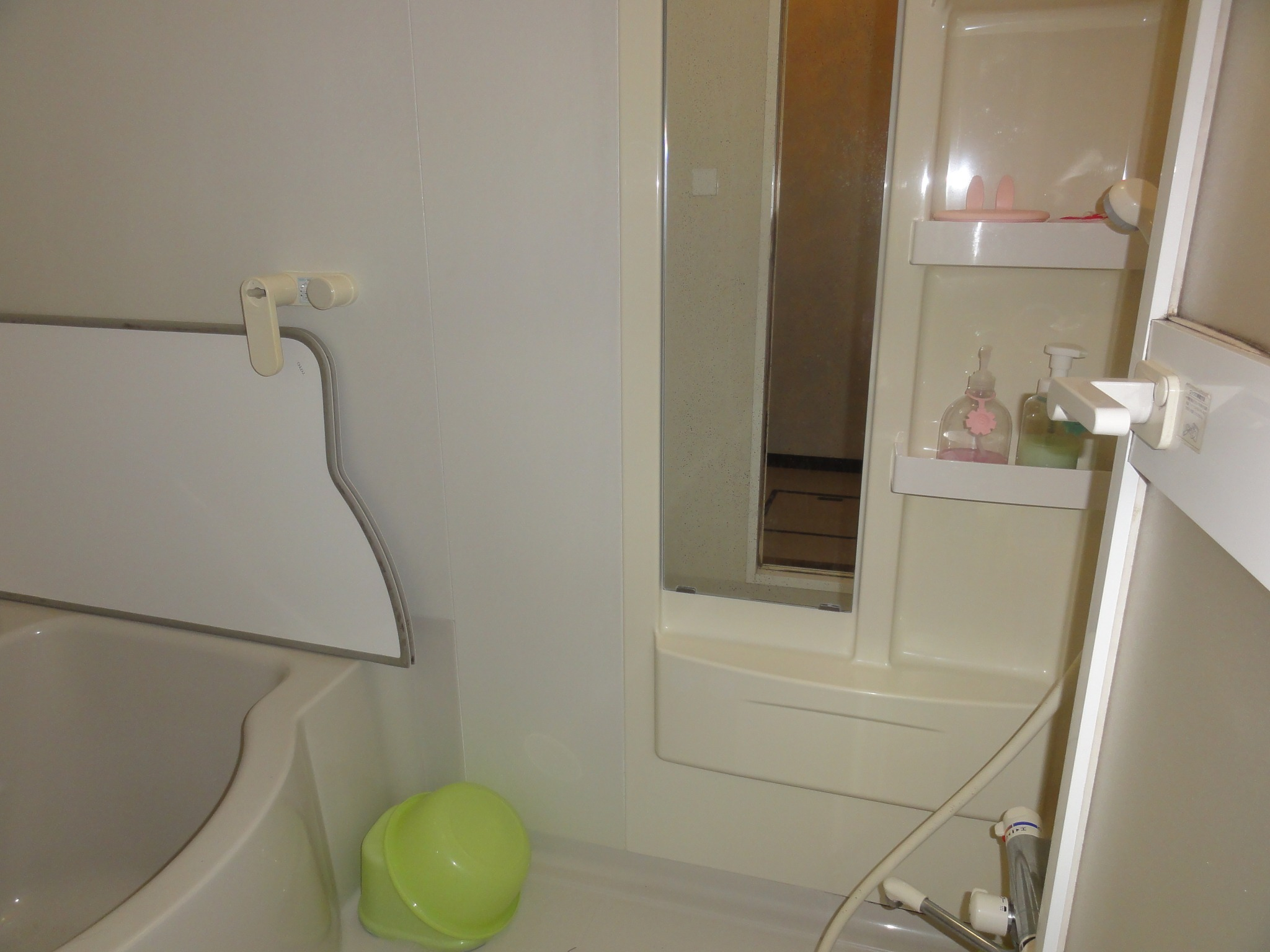 【Bath and Shower room】 -Cottage A.