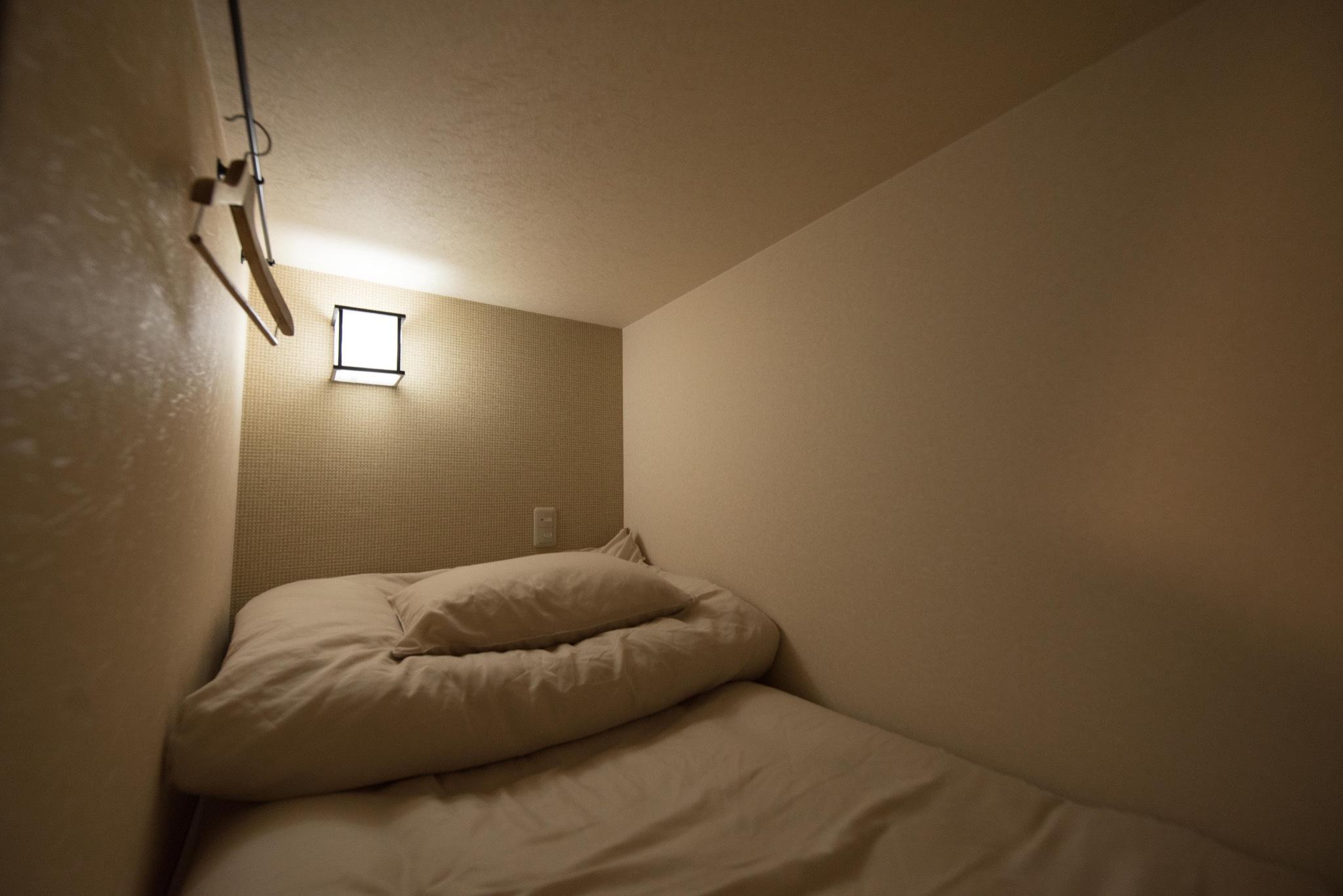 ベッド内写真 / Inside the capsule bed