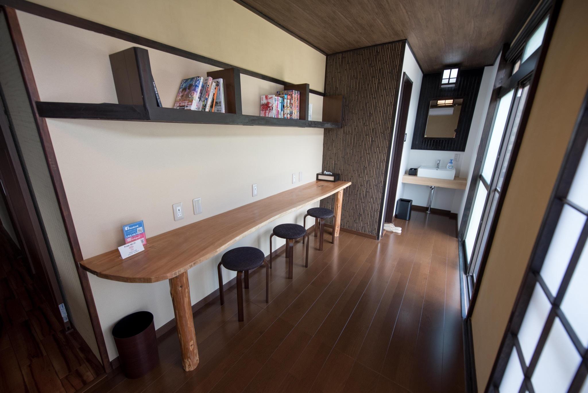 2階共用スペース / 2F Common space