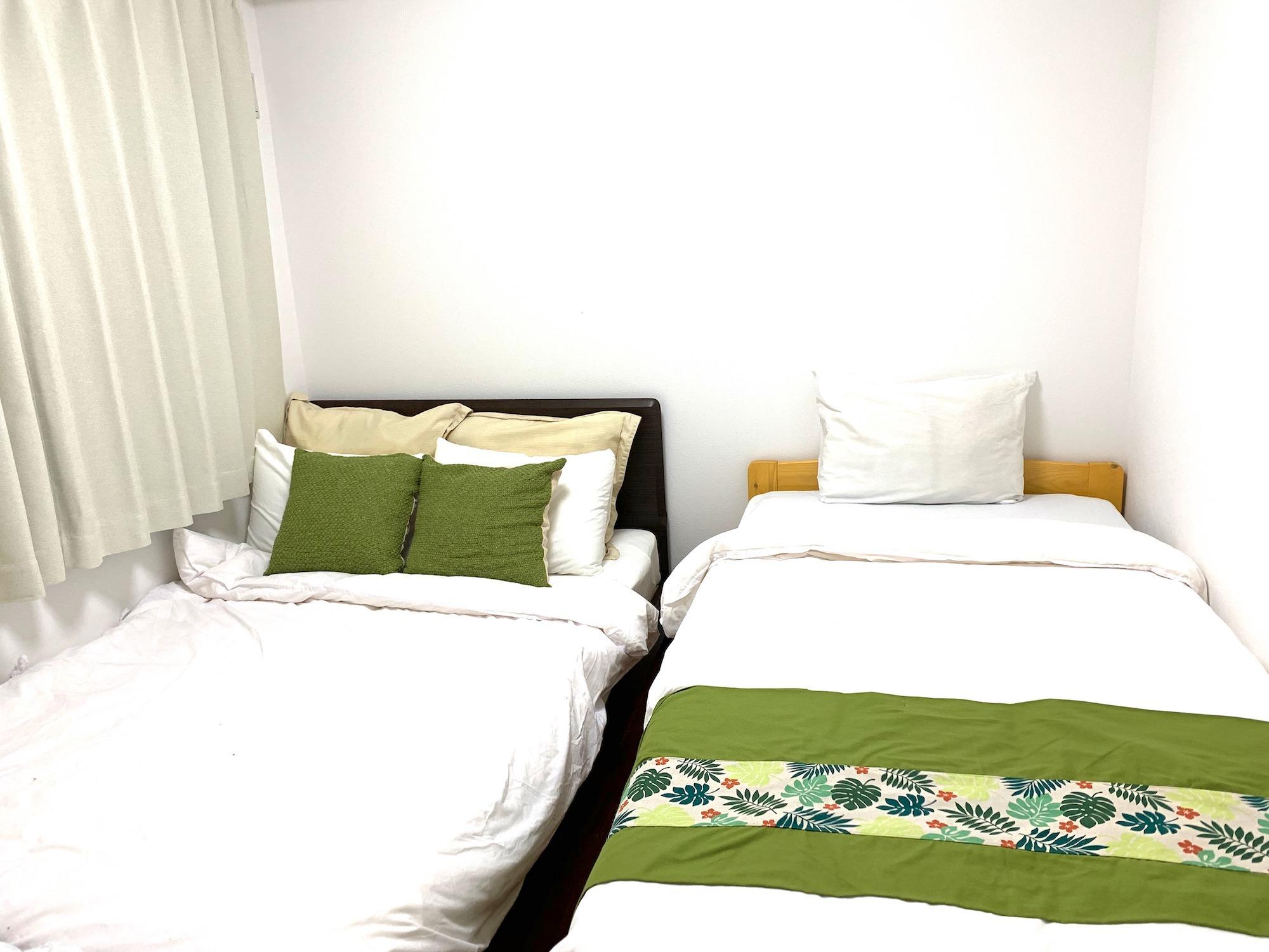202号室寝室2