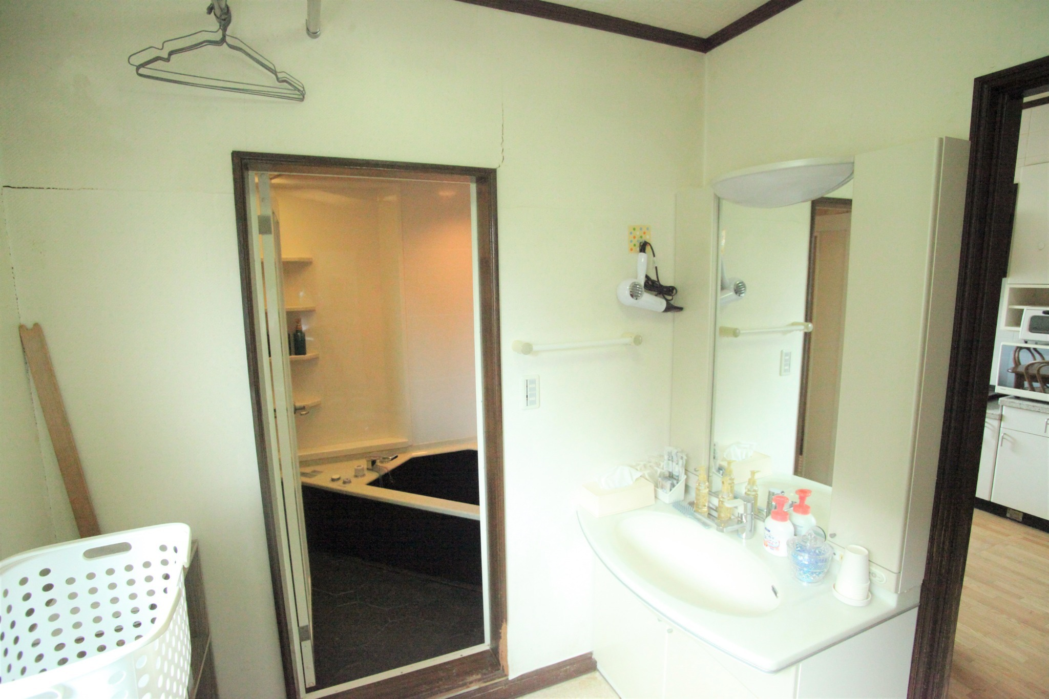 バスルーム・洗面所 1F