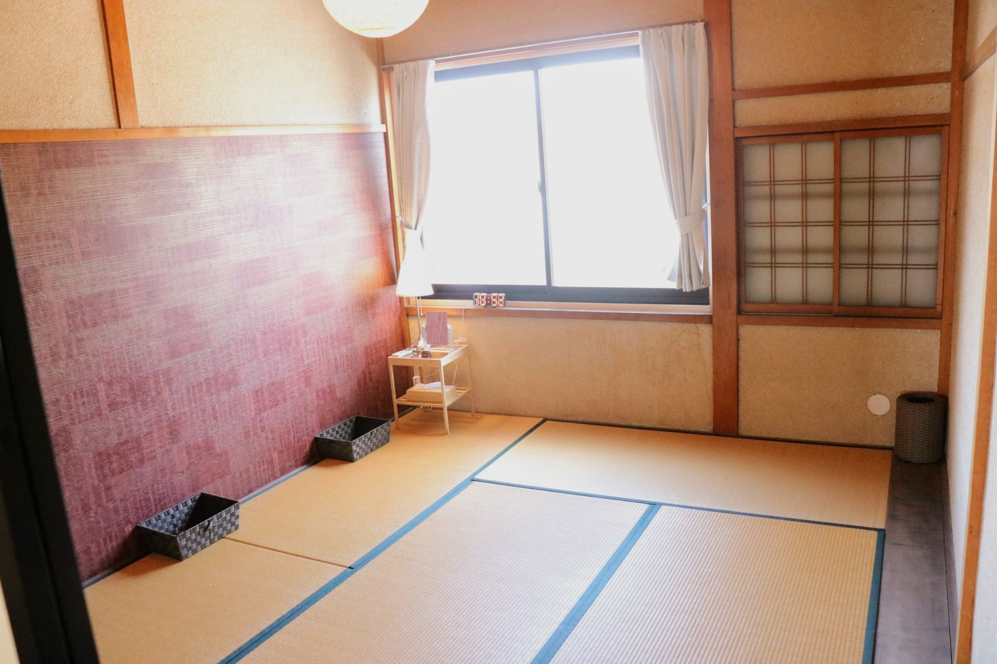 鍵付き和個室(ふとん・最大3名), 海まで徒歩2分, Wifi, シャワー, キッチン完備