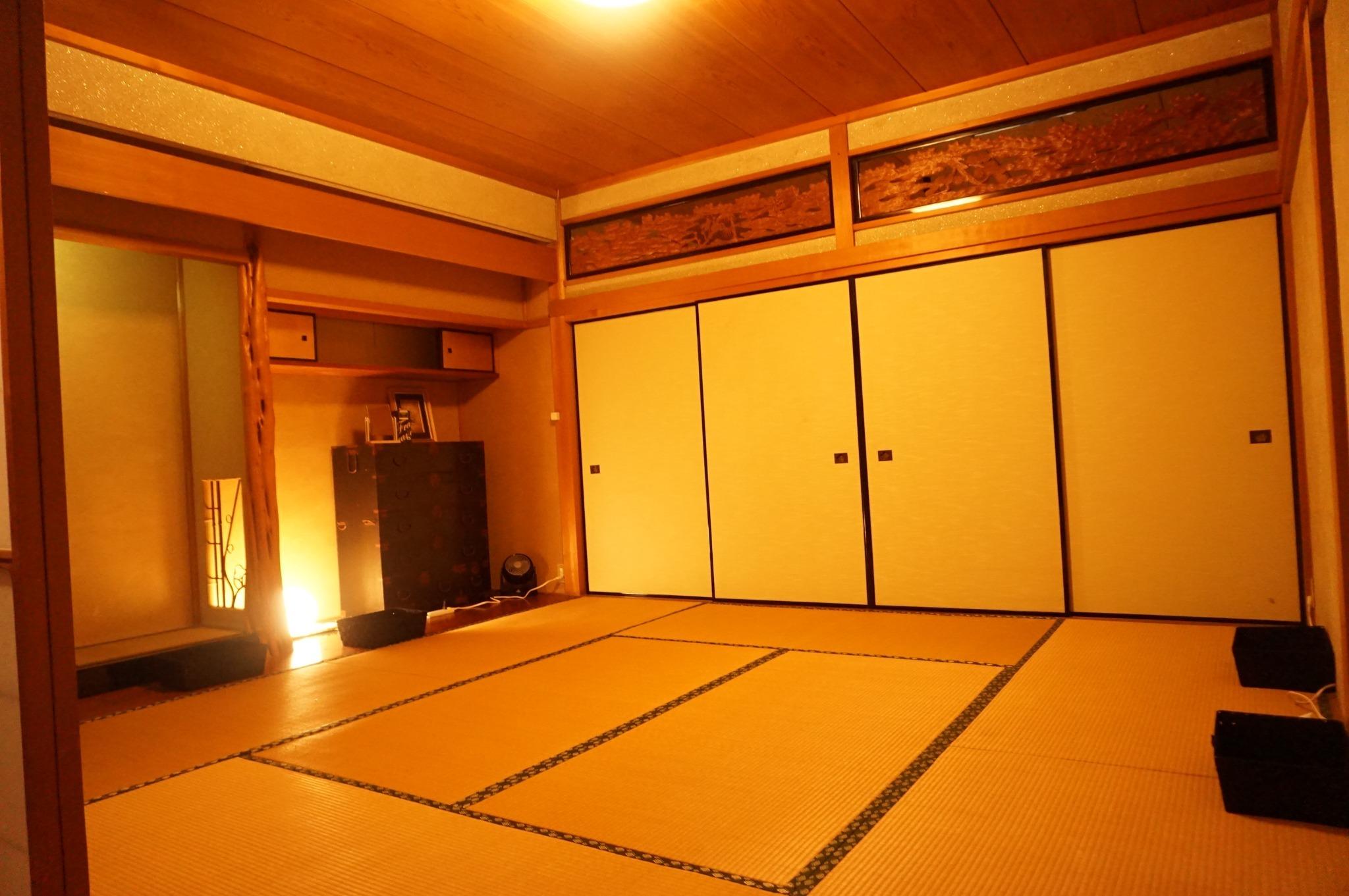 和室ドミトリー(男女混合・ふとん・最大6名), 海まで徒歩2分, Wifi, シャワー, キッチン