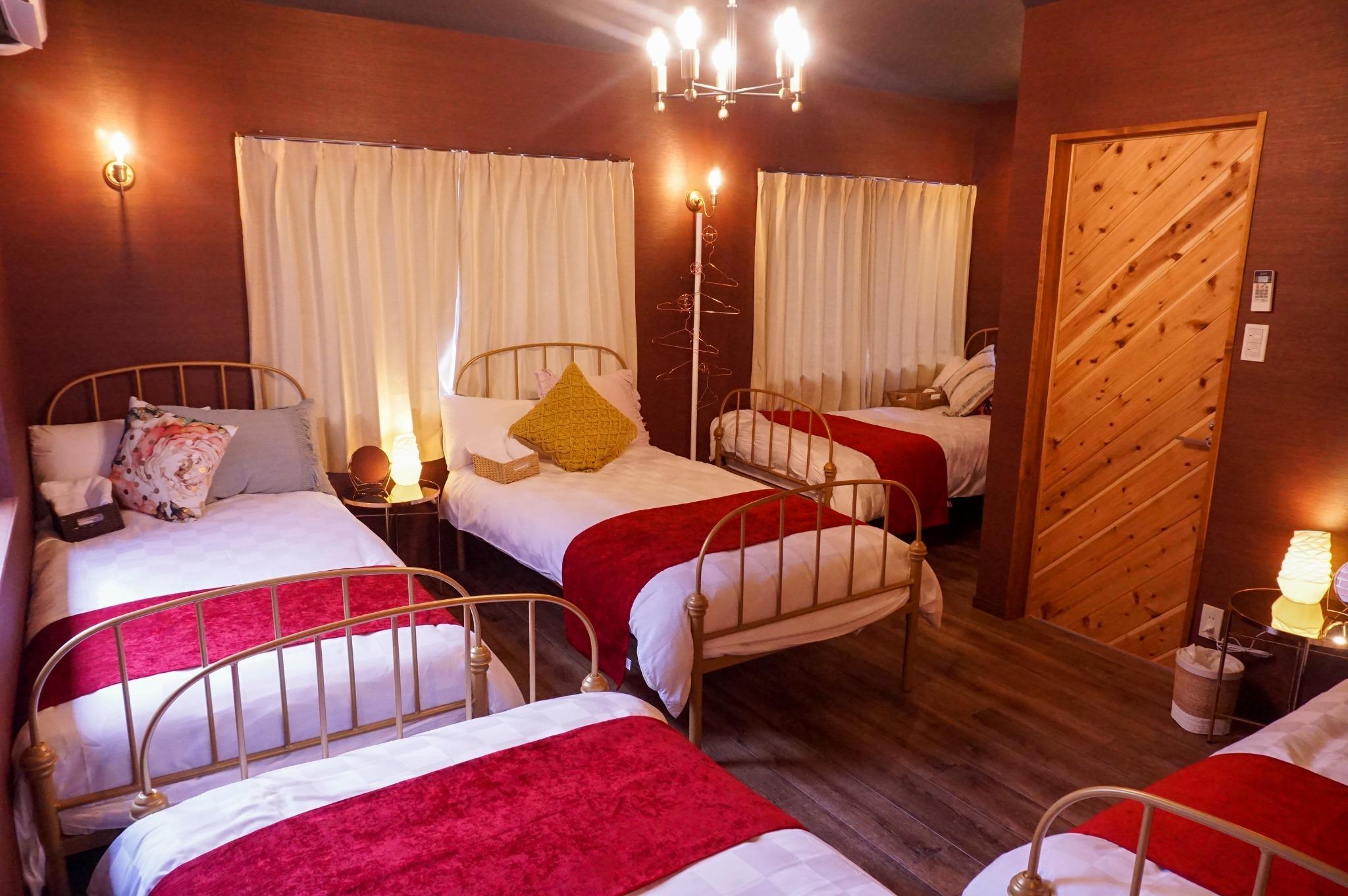 鍵付き女性専用個室(ベッド・最大5名), 海まで徒歩2分, Wifi, シャワー, キッチン完備