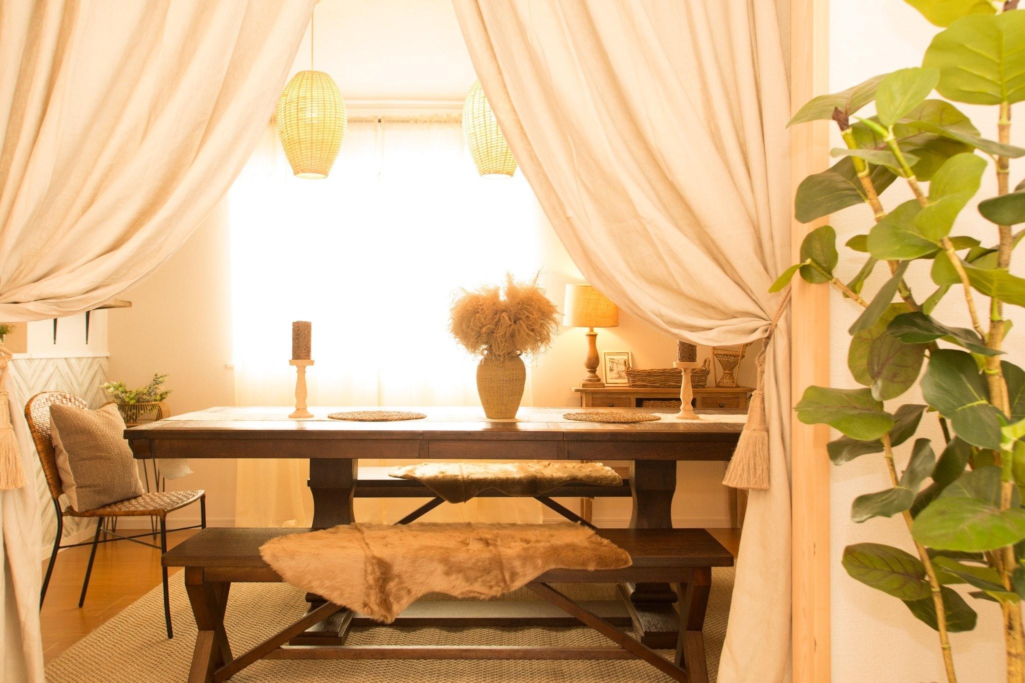 ライカムまで10分!!大人女子にオススメ★フォトジェニックなアンティーク家具に囲まれて最高の夜を。