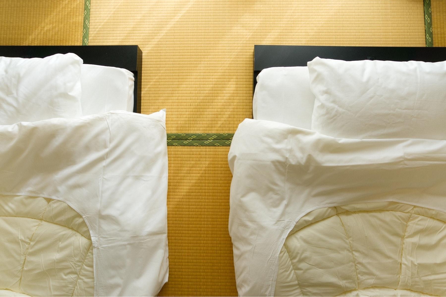【303】 繁華街すぐの好立地★WiFi完備★畳のお部屋でゆっくり過ごせる★ビジネス・観光に最適