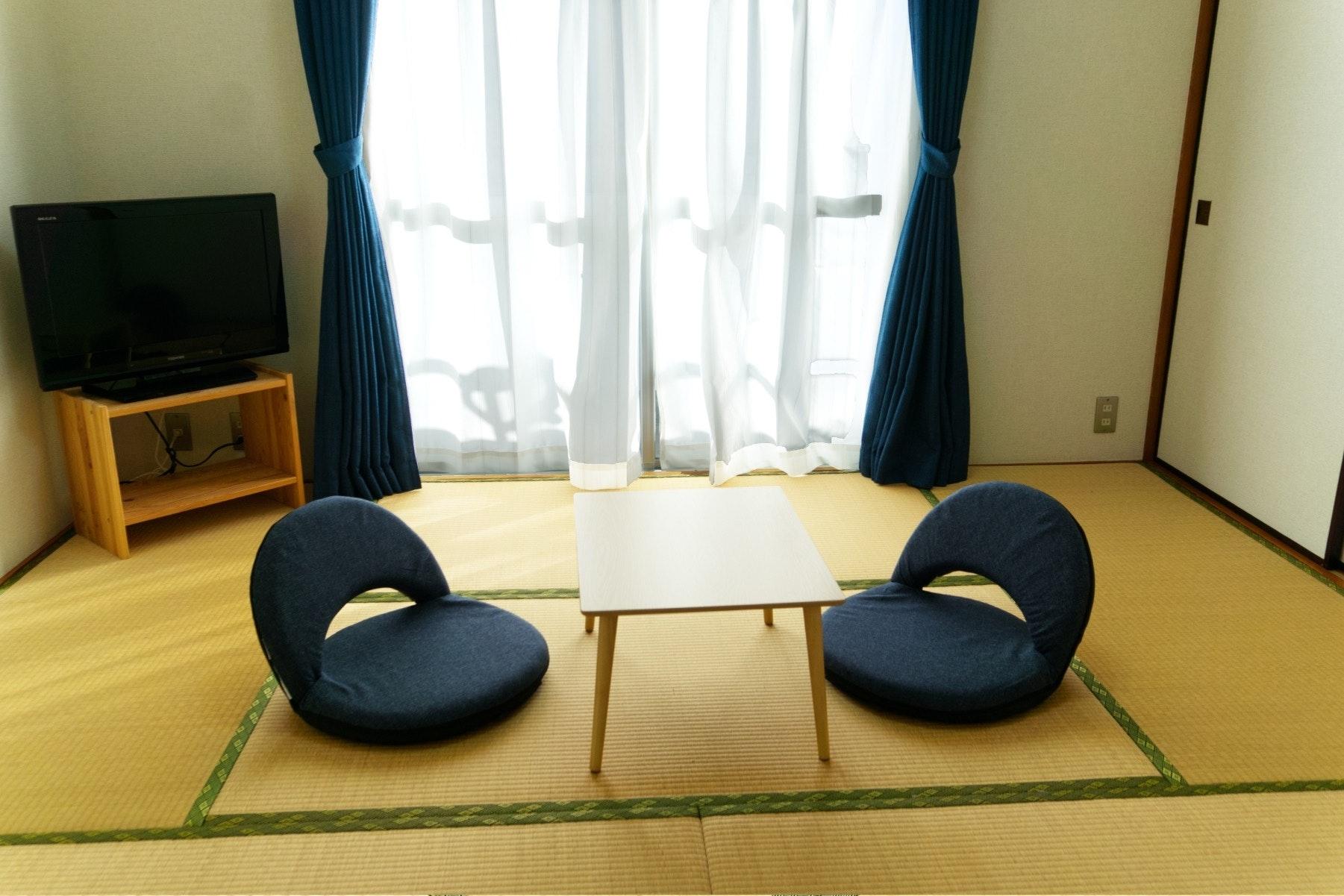 【305】 繁華街すぐの好立地★WiFi完備★畳のお部屋でゆっくり過ごせる★ビジネス・観光に最適