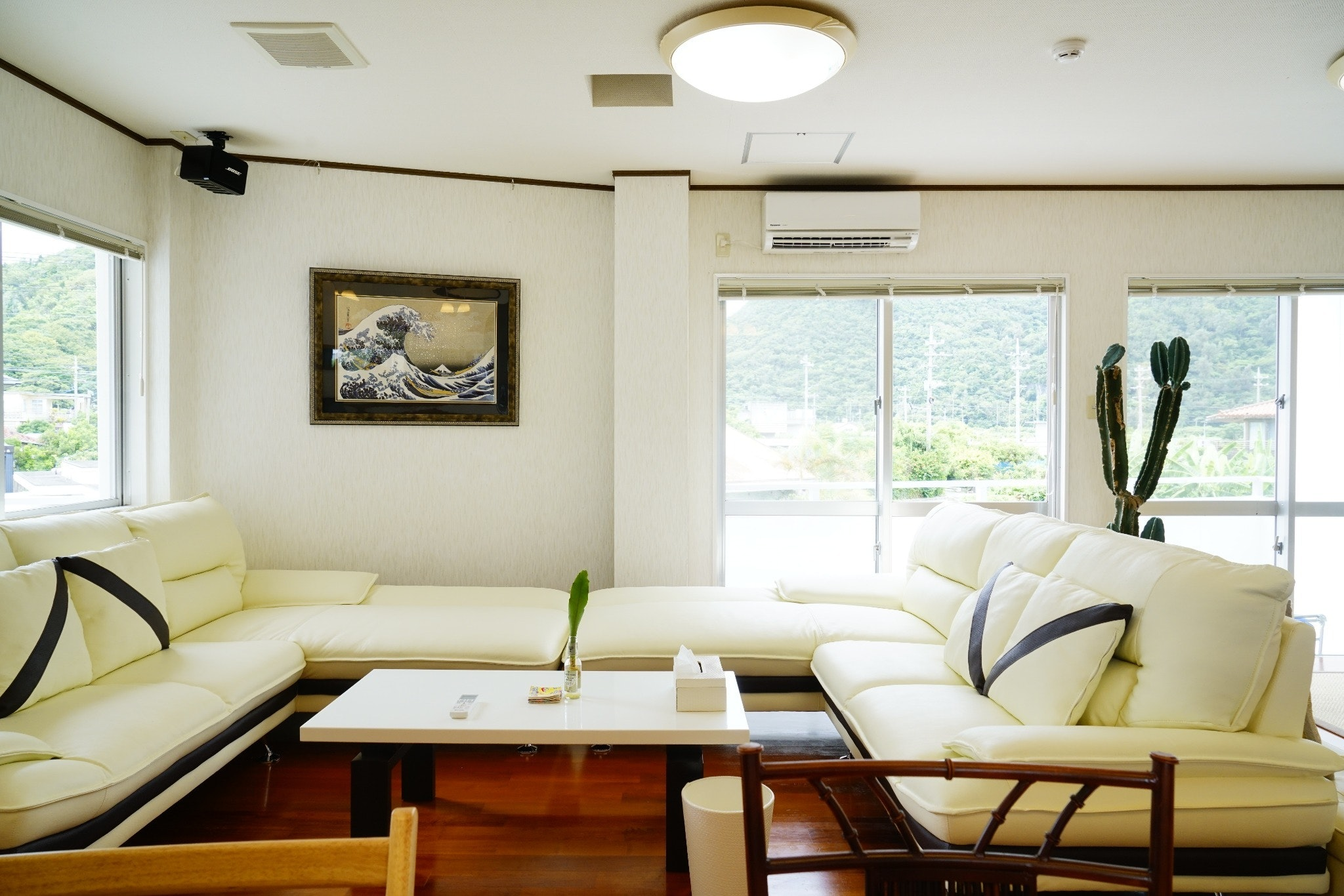 【SALE】都会の喧騒から離れ大自然に囲まれた豪邸!大石林山への観光に最適!