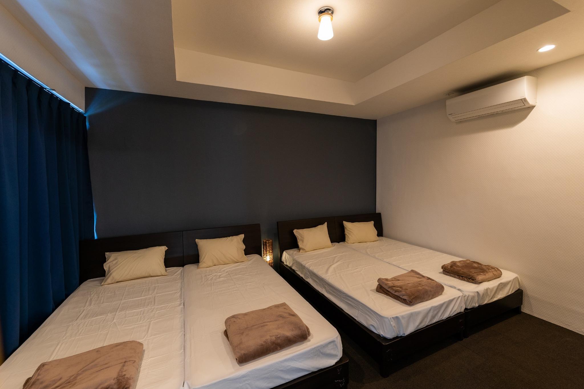 寝室1 シングルベッド×4
