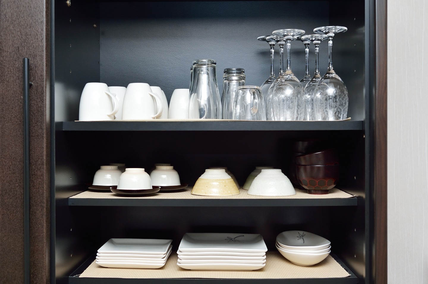 Glasses, cups, and plates