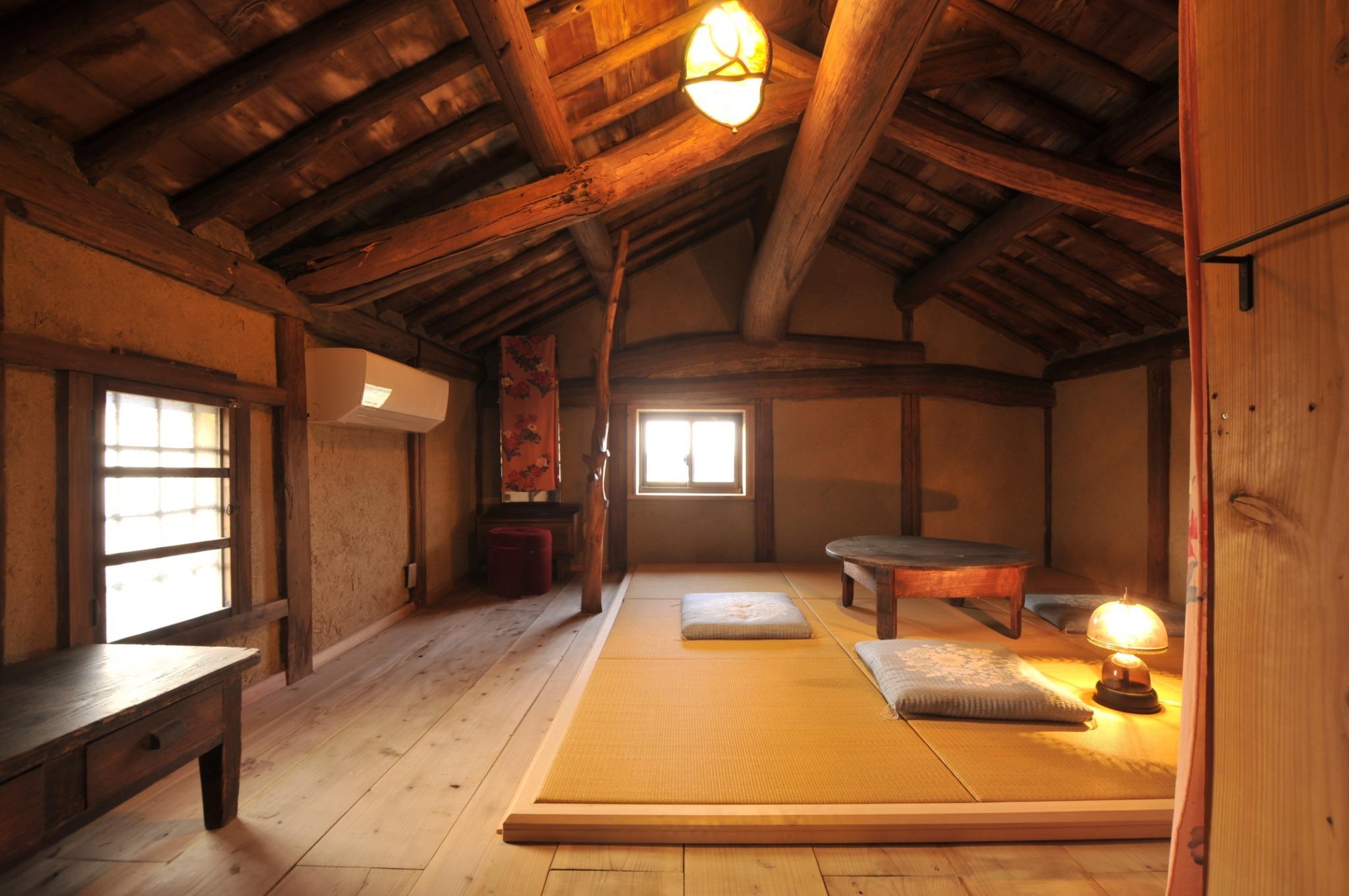 築100年の古民家 全室和室の広いお部屋で日頃の疲れを癒しませんか・