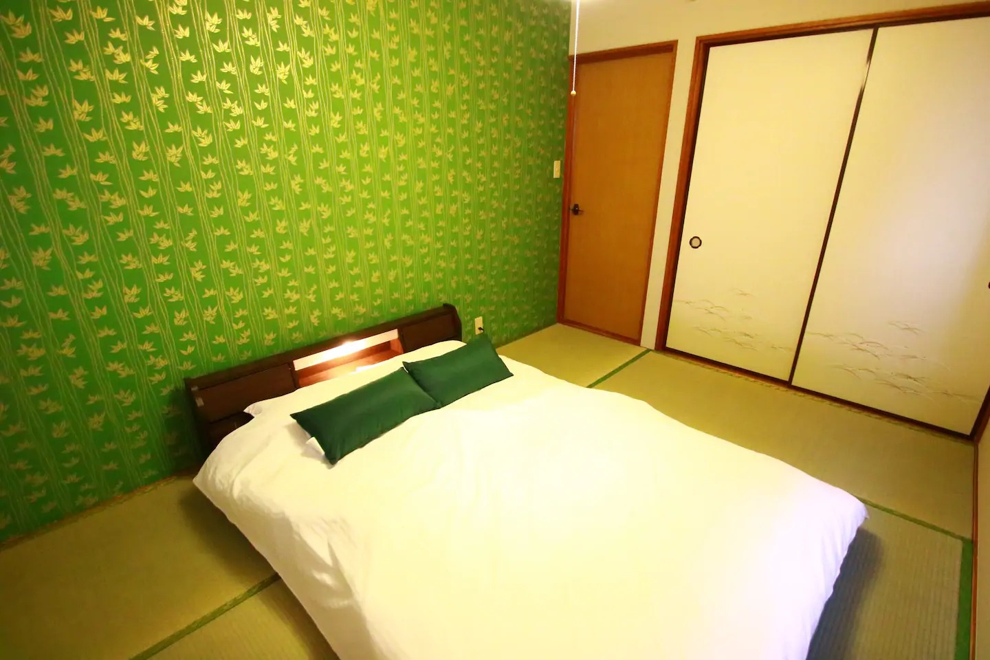 Japanese-style room(Double Bed×1)202