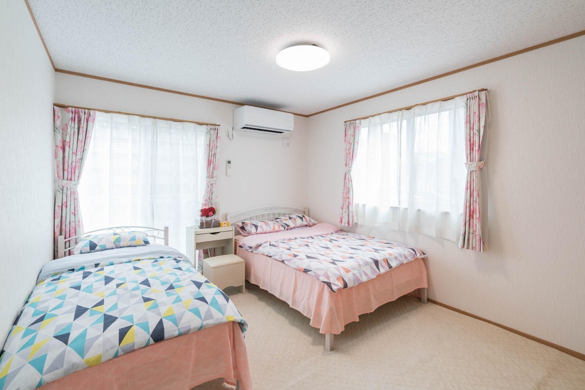 203号室ツインルーム/新築高級住宅/JR線徒歩2分/無料高速Wi-Fi/池袋17分新宿27分