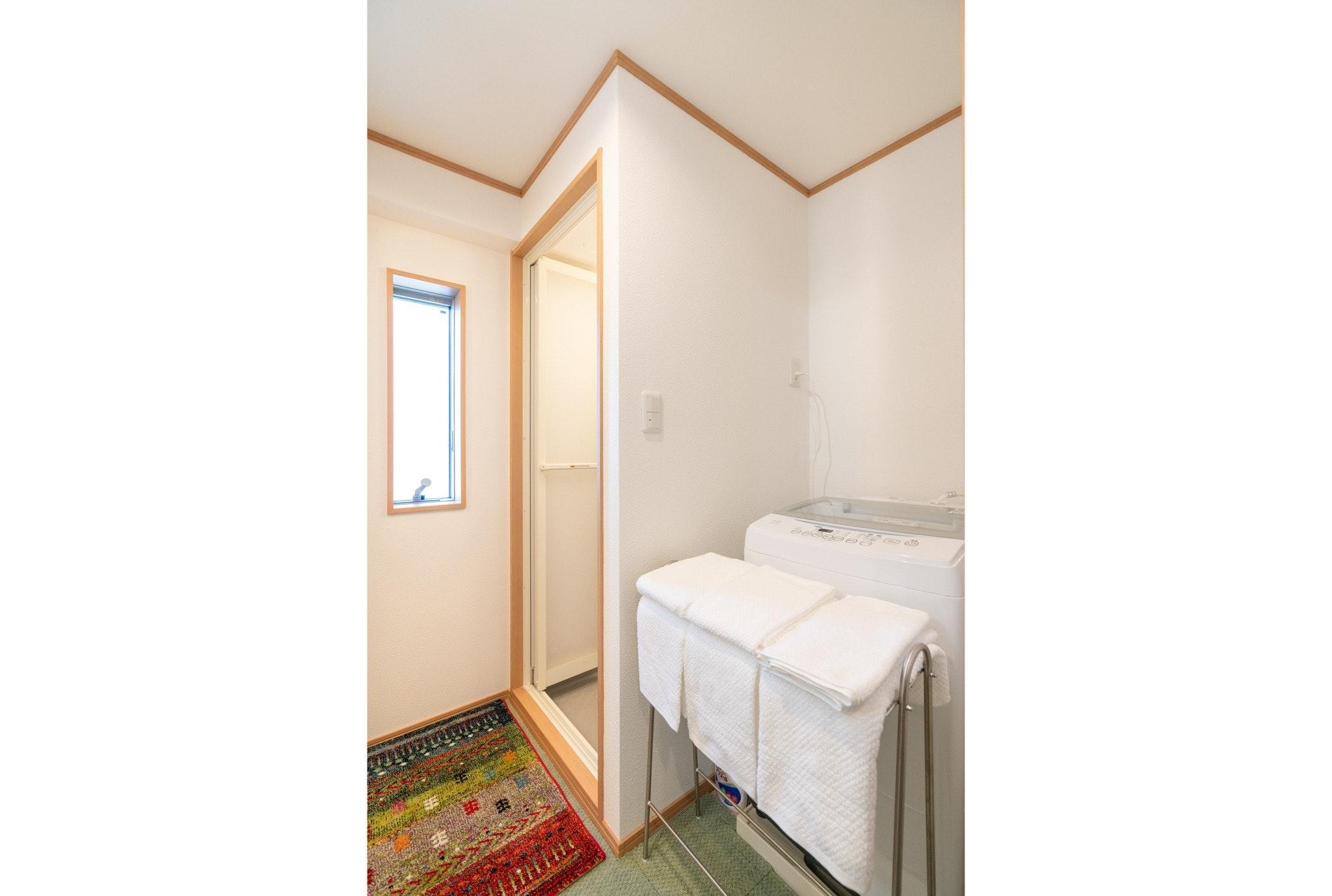 303号室/新築高級住宅/JR線徒歩2分/無料高速Wi-Fi/池袋17分新宿27分