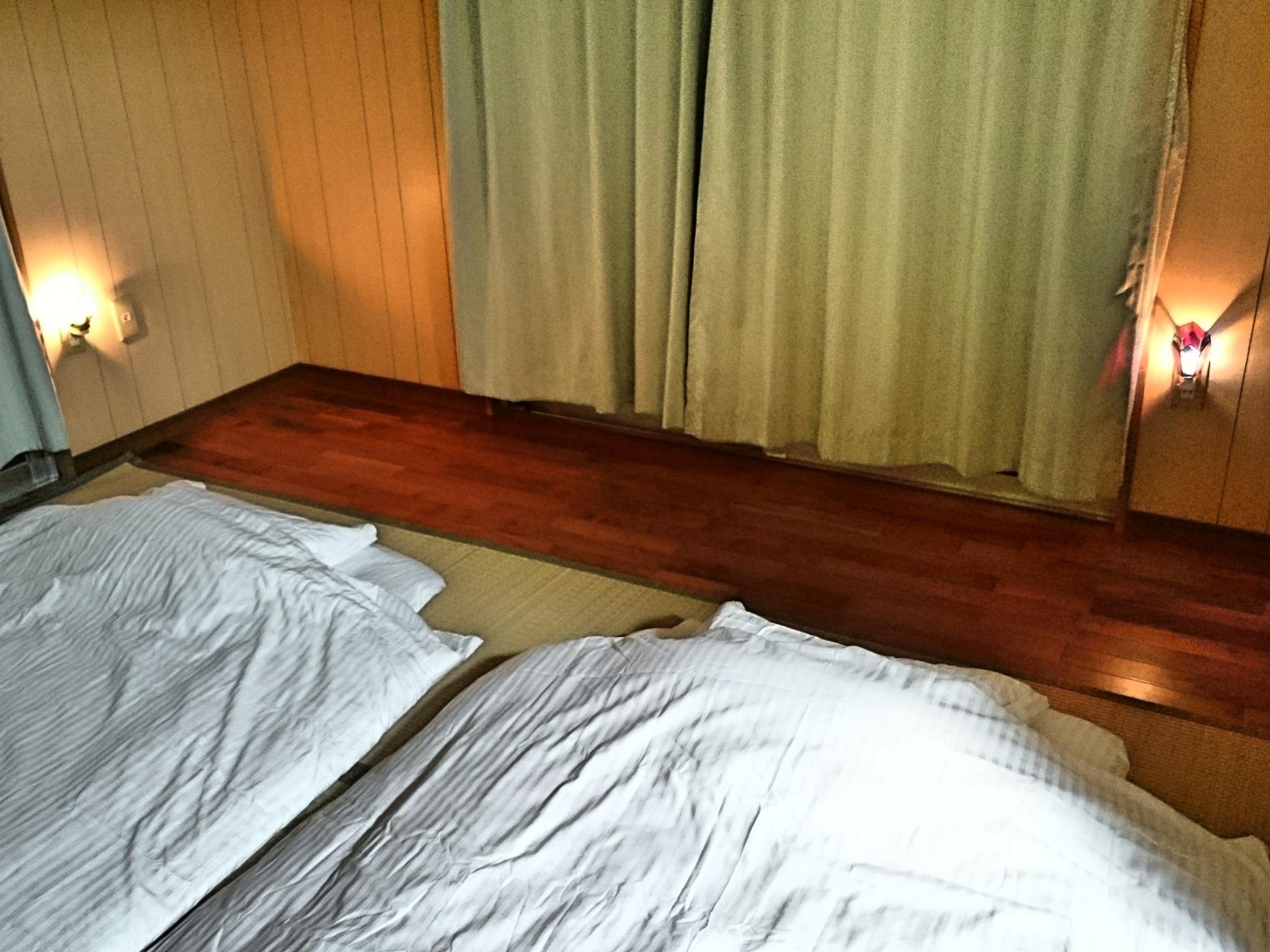 寝室2(布団)