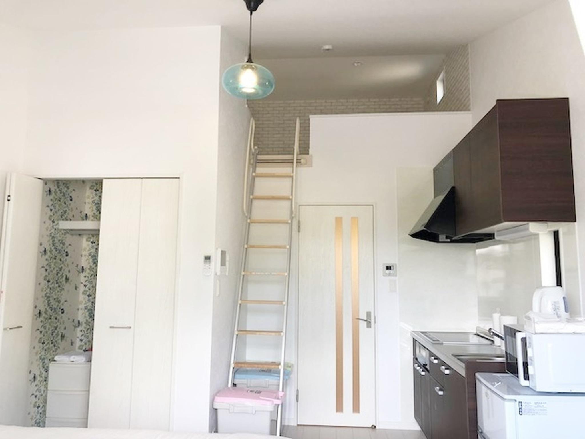 ロフトありで天井も高く開放感があります!