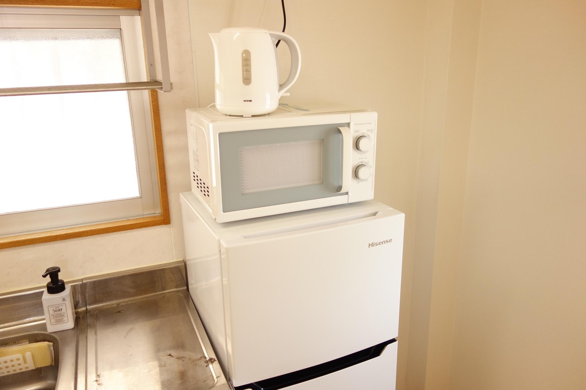 1階:冷蔵庫、ポット、レンジあり