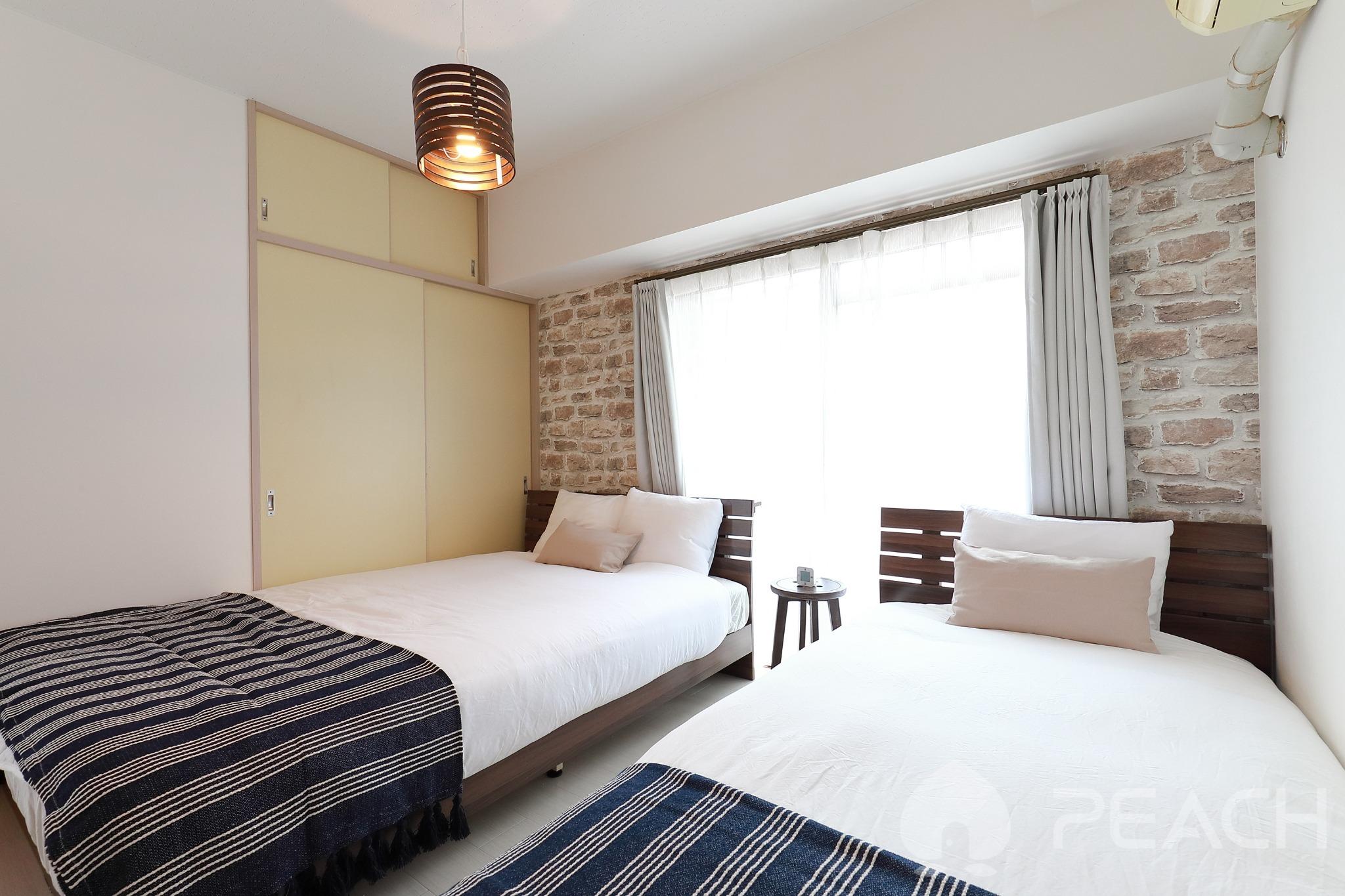 bed room B (140cm×200cm) (90cm×200cm)