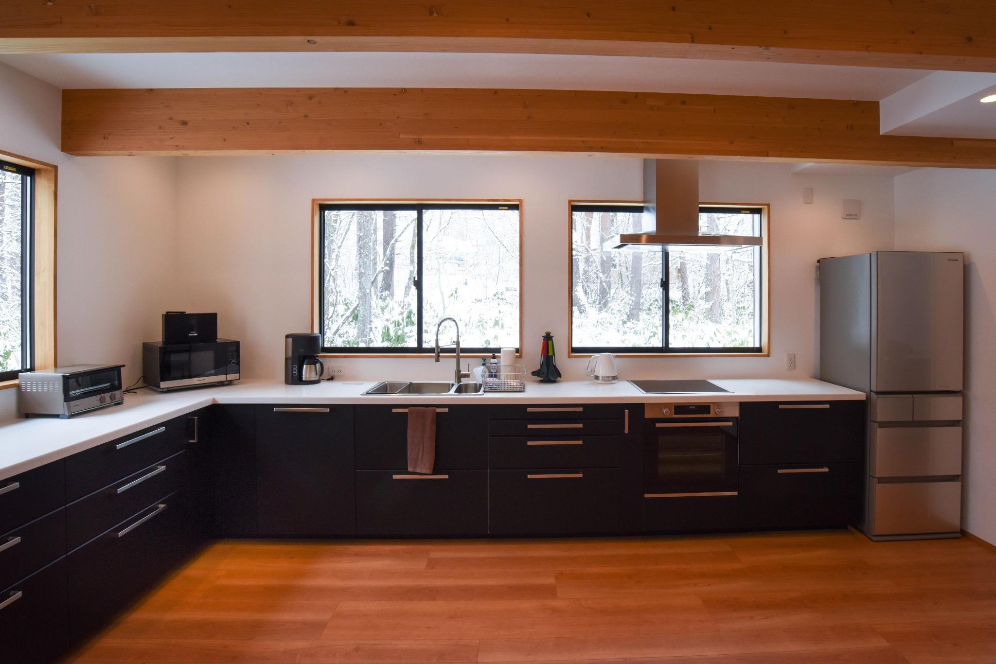 食洗機、オーブン完備のキッチン